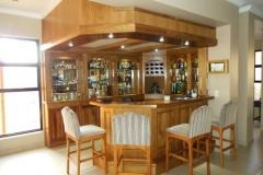 Kiaat bar