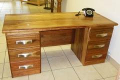 Kiaat Desk