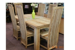 Oregon table with long chairs
