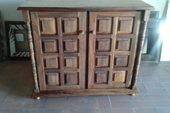 Sideboard/cupboard