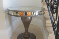 Round antique mirror table