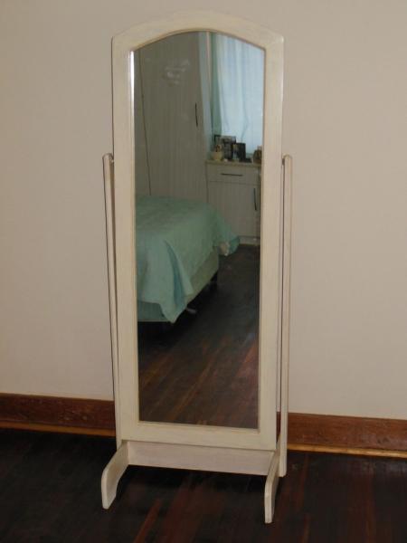 Laura cheval mirror
