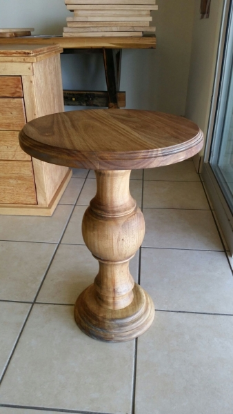 Bubble table stained rubberwood