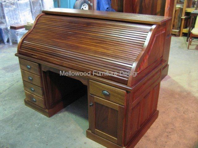 Roll top desk - Mahogany