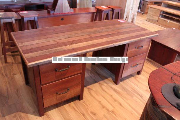 Sleeperwood Desk